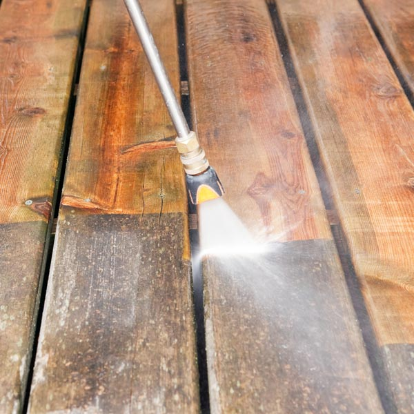 Deck power washing services in Saratoga NY